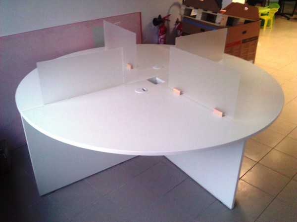 Table multiposte